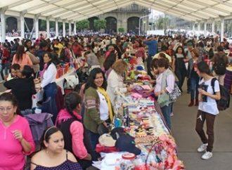 Con festival en el Zócalo conmemora GCDMX Día Internacional de la Mujer