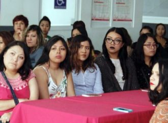 Atención a mujeres jóvenes, clave en el desarrollo de CDMX