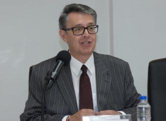Pide Suárez del Real armonizar los derechos de los comerciantes informales y los transeúntes en los espacios públicos