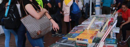 """El editor de """"La Biblia del Pescador"""" visita México, después de 2.5 millones de copias distribuidas a nivel mundial."""