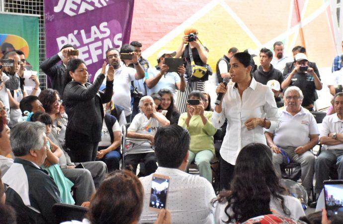 Habrá más apoyos a comerciantes de mercados públicos: Barrales