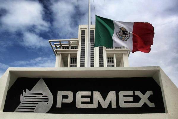 Pemex, en riesgo ante elecciones, alerta calificadora Moody's