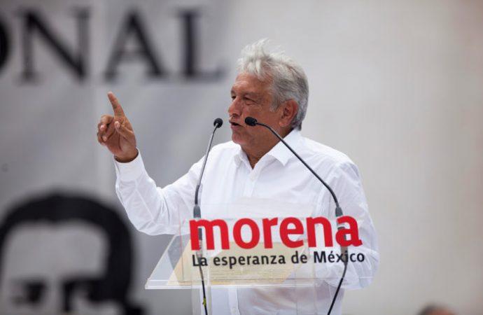 Afirma López Obrador a maestros que cancelaría la Reforma Educativa