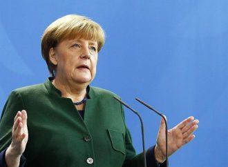 -Rosas para Merkel