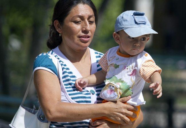 Incrementa número de hogares con jefas de familia: INEGI
