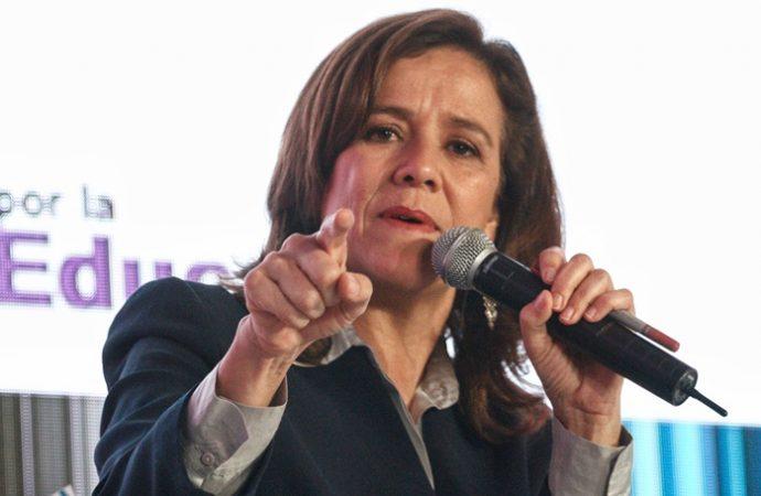 Margarita Zavala formaliza renuncia a su candidatura ante el INE