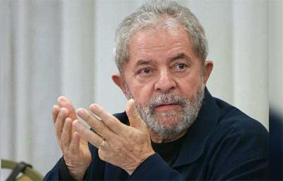 "Lula da Silva pide ser candidato para sacar a Brasil ""del desastre"""