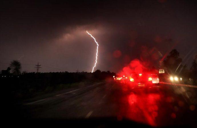 Nuevas tormentas en India causan 86 muertos y más de 100 heridos