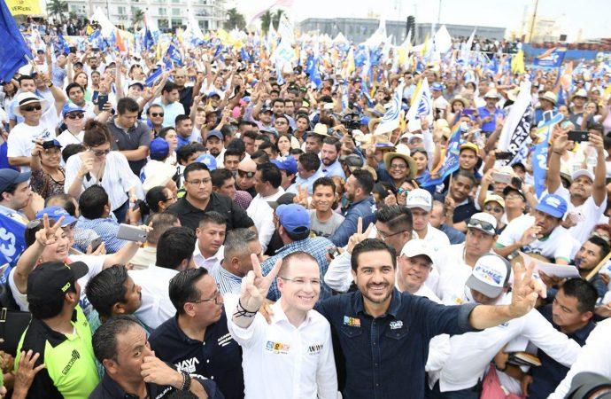 Más de 80 mil personas cierran campaña con Ricardo Anaya en el Malecón de Veracruz