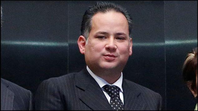 Santiago Nieto denunciado ante la PGR por Lozoya