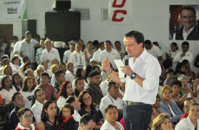 Mikel Arriola promete suspender verificación vehicular, arañas y fotomultas