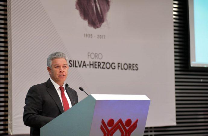 Se inaugura Foro de reflexión en memoria de Jesús Silva-Herzog Flores