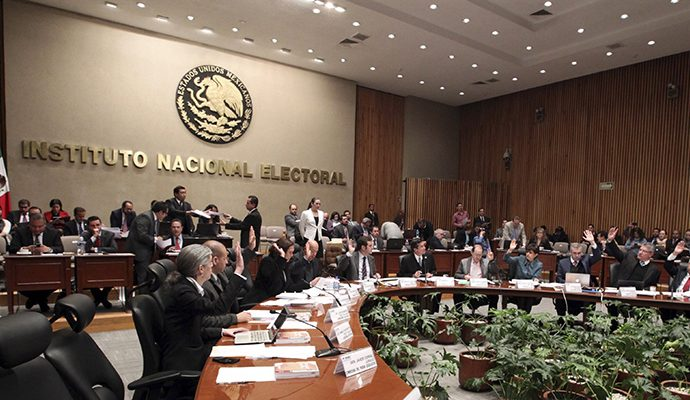 Resuelve Comisión de Quejas del INE mantener spots de Anaya
