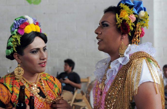 Indígenas homosexuales, invisibilizados por el Estado y la Academia