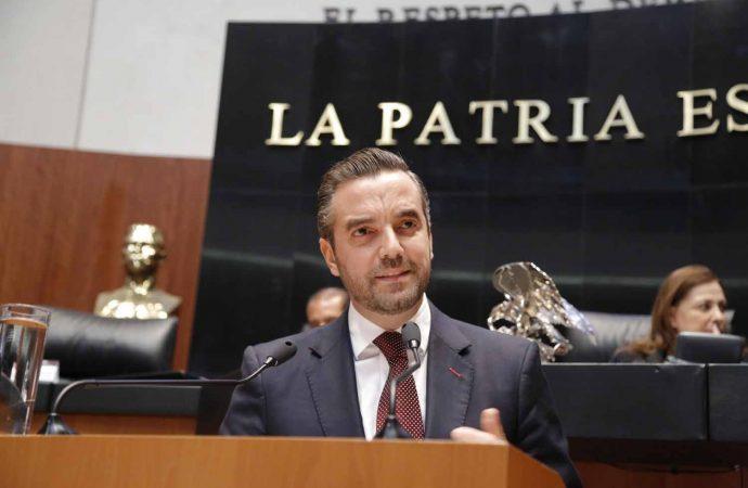 Exige senador panista a su partido investigar a Ricardo Anaya