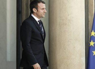 Macron propone crear centros europeos de desembarco de inmigrantes