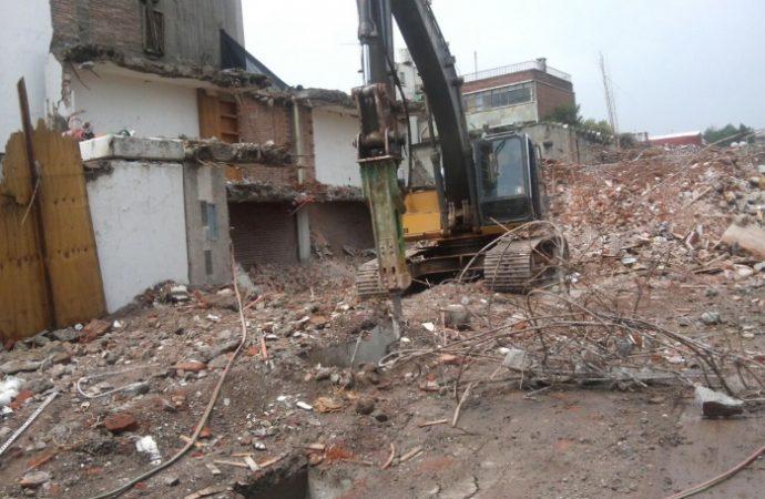 Concluyó demolición de conjunto habitacional en Benito Juárez