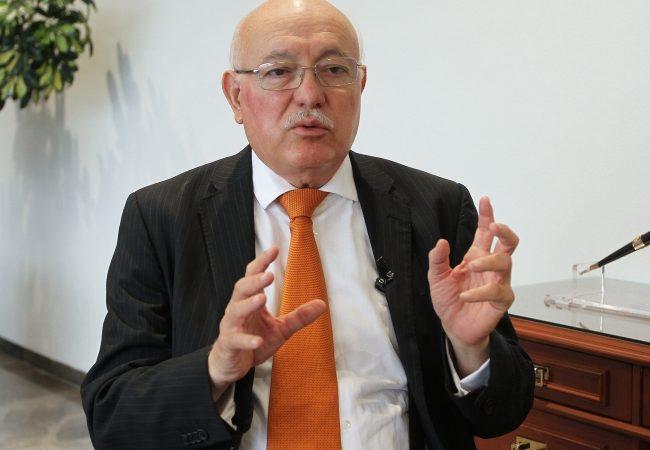 Reestructura en la ASF no obligará a parar auditorias: David Colmenares
