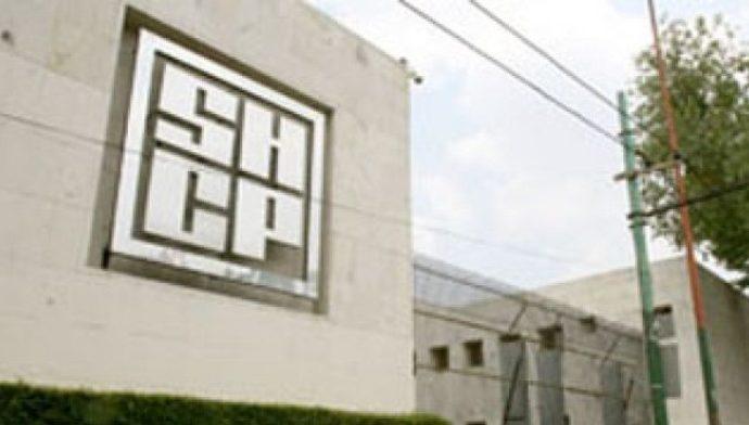SHCP debe informar acciones para erradicar cobro de comisiones por pagos con tarjeta de débito y crédito