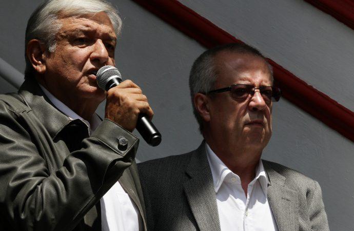 López Obrador y equipo abordan siete asuntos prioritarios para su administración