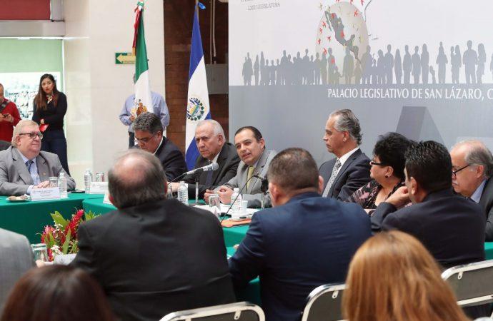 El fenómeno migratorio debe ser parte de una agenda de desarrollo integral entre los países de nuestra región: Ernesto Cordero