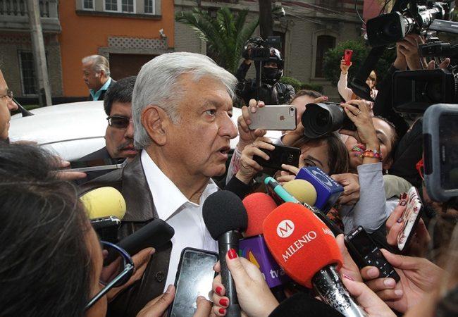 Se trabajará para garantizar educación a jóvenes, refrenda López Obrador