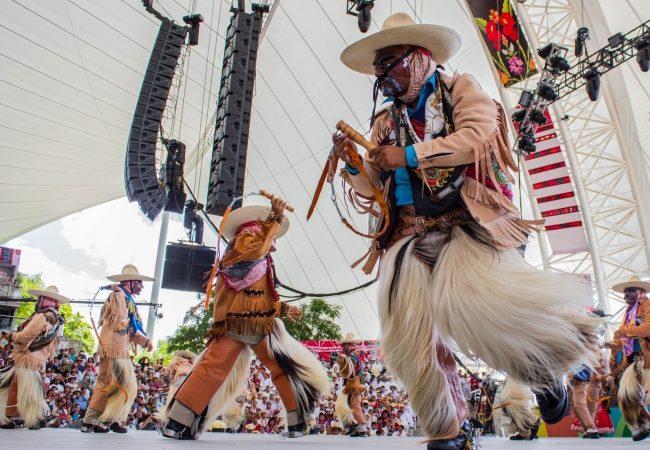 La Guelaguetza, fiesta que se rodea de eventos culturales y gastronómicos