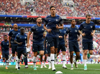 Francia se prepara para enfrentar a Uruguay con o sin Cavani