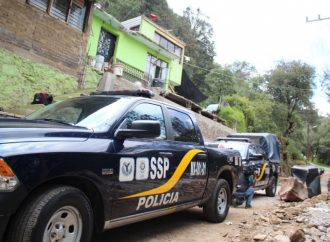Realizan operativo de auxilio a la población por desgajamiento de tierra en Topilejo
