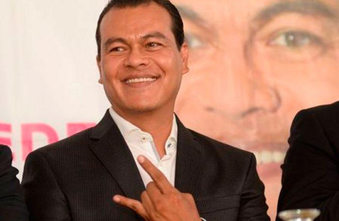 Propone Juan Zepeda, dieta mensual de 40 mil pesos para senadores