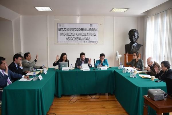 Presenta Instituto de Investigaciones Parlamentarias logros alcanzados en sesión de Consejo Académico
