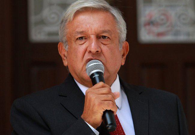 López Obrador se reunió con el secretario de Marina
