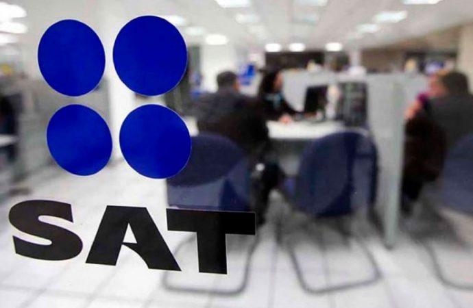 Registra SAT su primera caída en una década devoluciones