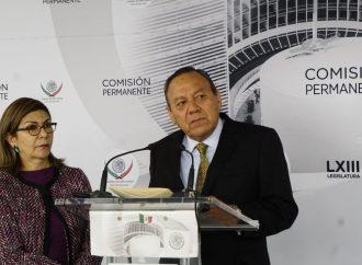 """Altamente probable que Bernardo Bátiz sea el """"Fiscal Carnal"""" de AMLO: Zambrano"""