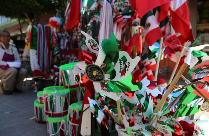 Piden prohibir el comercio de imitaciones asiáticas de artesanías mexicanas