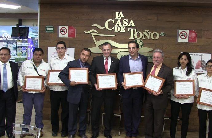 Certifica SEDESA 28 establecimientos de una cadena de restaurantes en la CDMX como espacios 100% libres de humo de tabaco