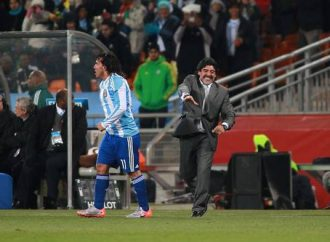Confirma Maradona llegada a México para dirigir a los Dorados