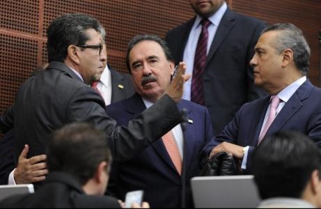 Senado: del cacicazgo de Gamboa, al liderato de Monreal