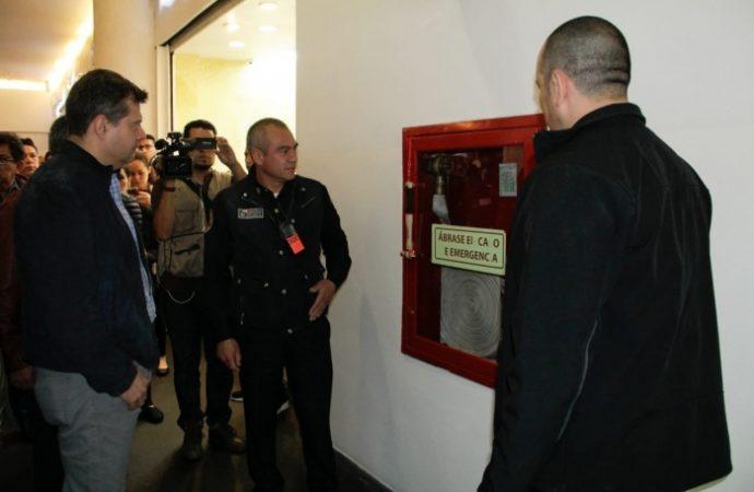 Efectúan autoridades de GCDMX décima visita a plaza comercial