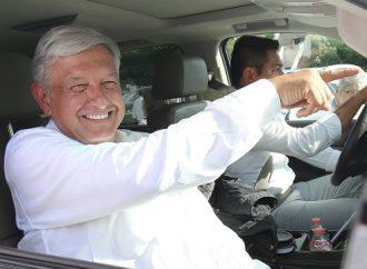 Nombra López Obrador a próximos responsables para obras en aeropuertos