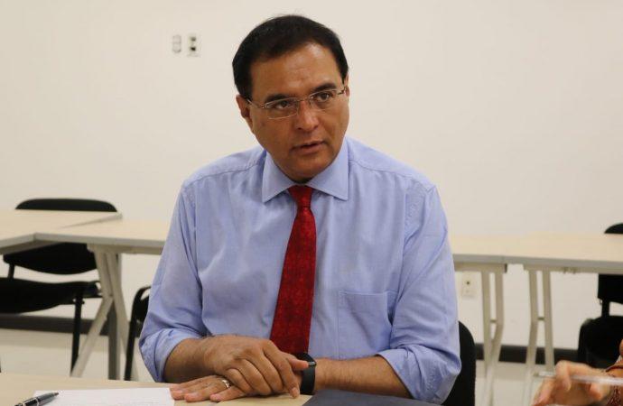 Nuevos yacimientos permitirán aumentar reservas petroleras: Robles Montoya