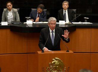 Ruiz Esparza abruma con cifras a senadores