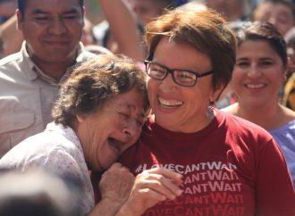 """Visita Laura Beristain la colonia """"El Sauce""""; vecinos agradecen la pronta atención de sus autoridades"""