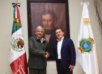 Anuncia AMLO inversión de 10 mmdp en Durango