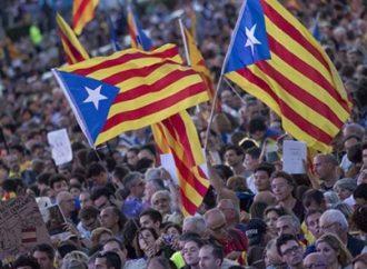 Vive Cataluña jornada de protestas por recortes públicos