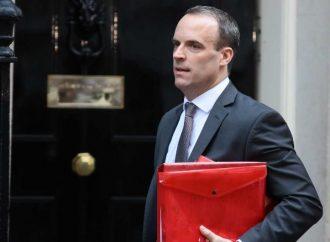 Ministro británico renuncia tras rechazar acuerdo de salida de la UE