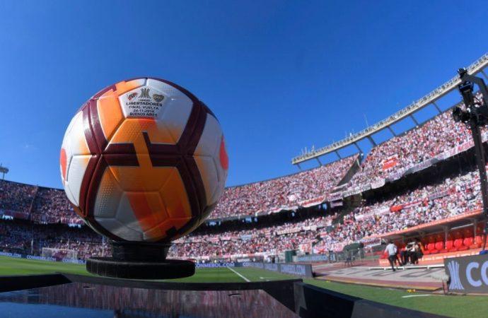 Conmebol pospone la final de la Copa de Libertadores entre Boca y River