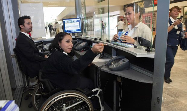 Empresas deben aprovechar habilidades de personas con discapacidad