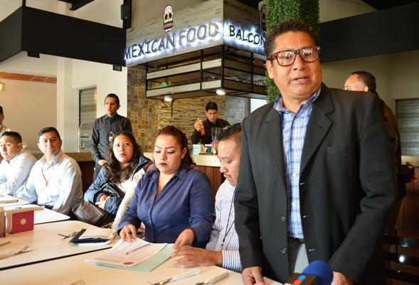 Exigen trabajadores informales del metro regularizar su situación laboral en la CDMX