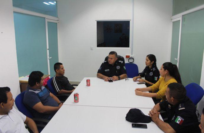 Policía municipal implementa el uso uso de silbatos de seguridad como sistema de alerta vecinal